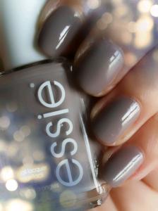 Essie - Chinchilly nr.77