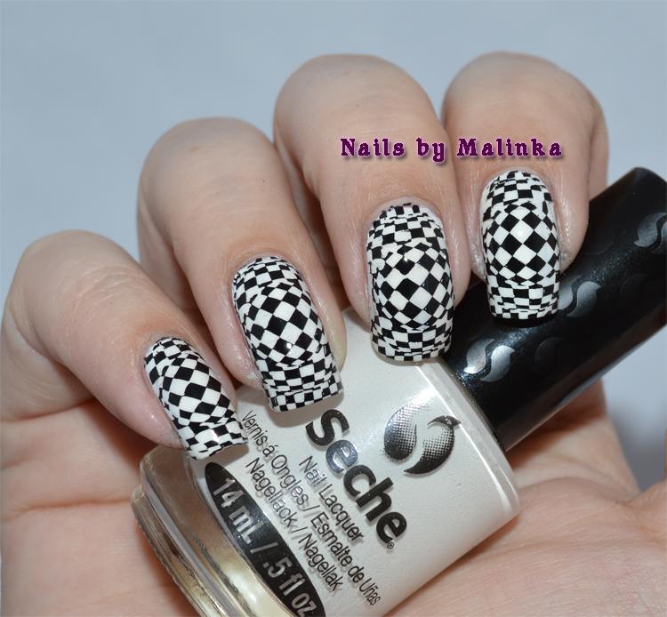 COTM black white Malinka