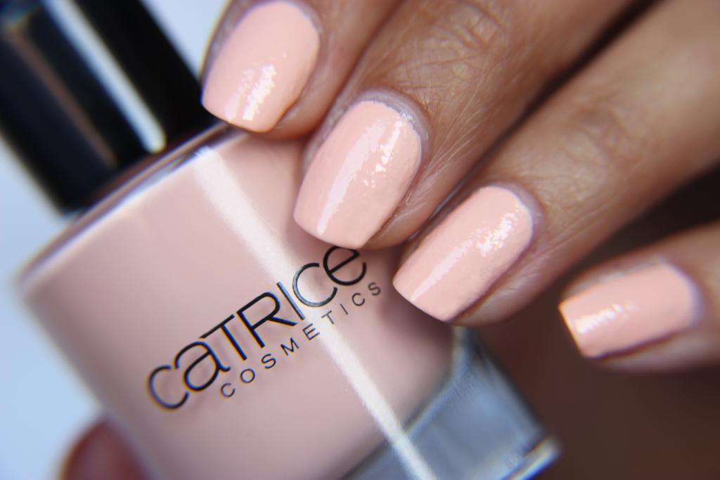 Catrice Cosmetics LE ZENSIBILITY C03 Zensible Rose Swatch 1