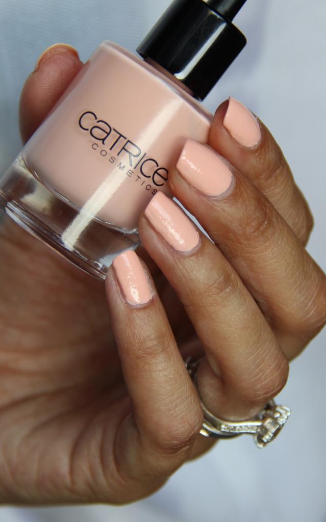 Catrice Cosmetics LE ZENSIBILITY C03 Zensible Rose Swatch 4