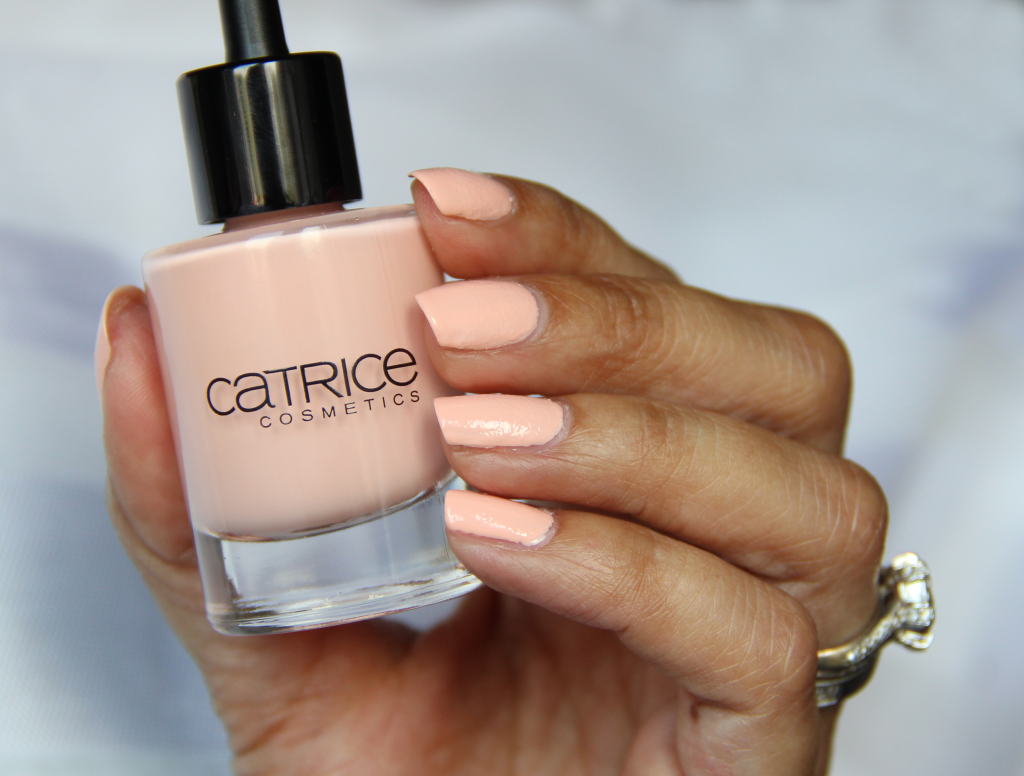Catrice Cosmetics LE ZENSIBILITY C03 Zensible Rose Swatch 5