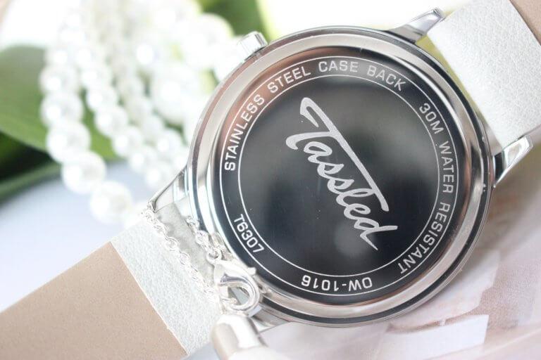 LUCARDI Tassled horloge met witte leren band